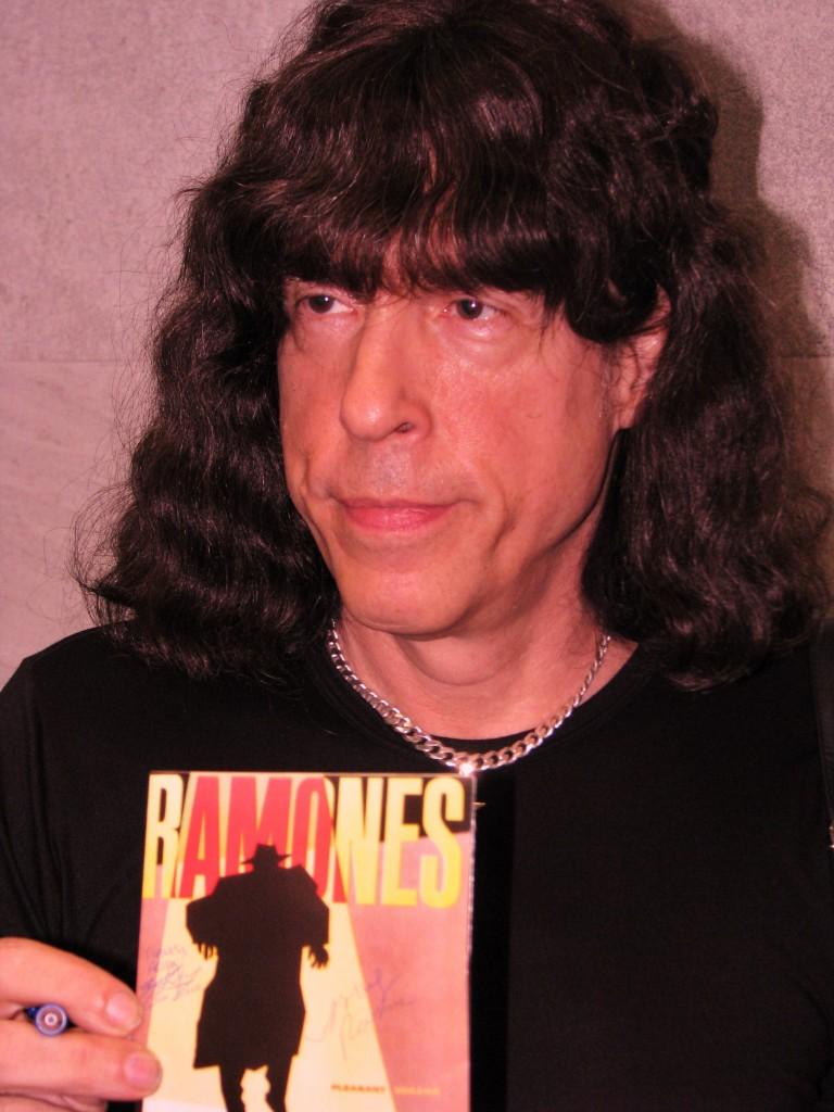 Ramone Wig 78